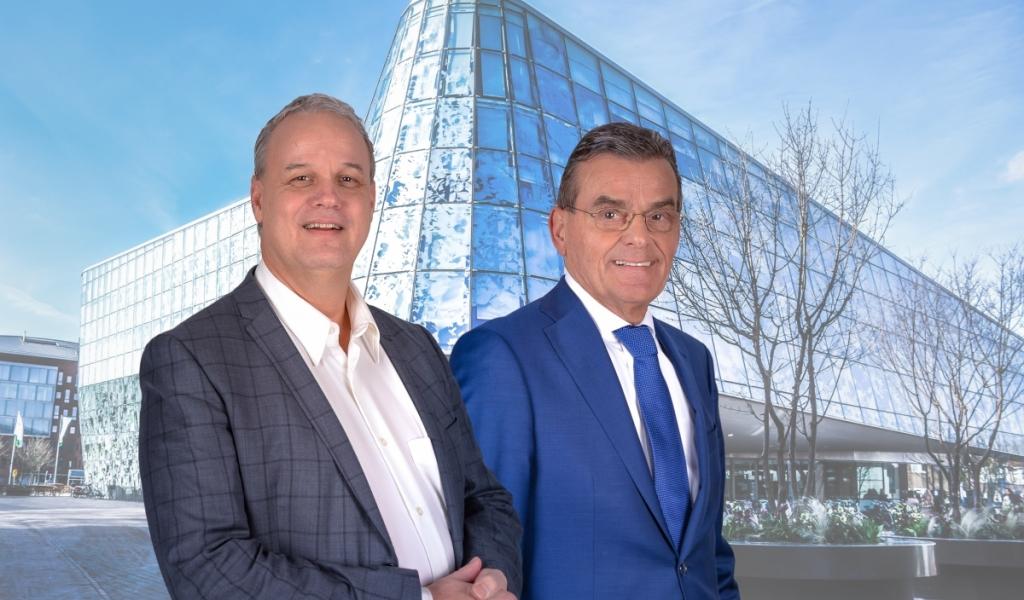 Nieuw Elan viert verkiezingsfeest op Rijnplein